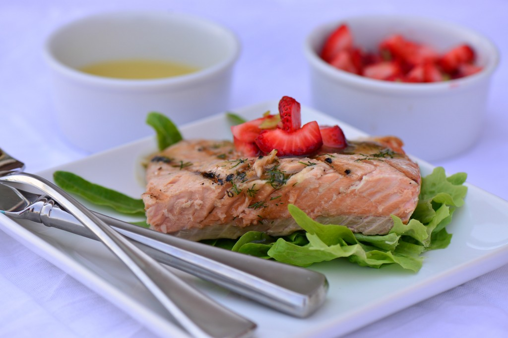 Salmon With honey dill sauce