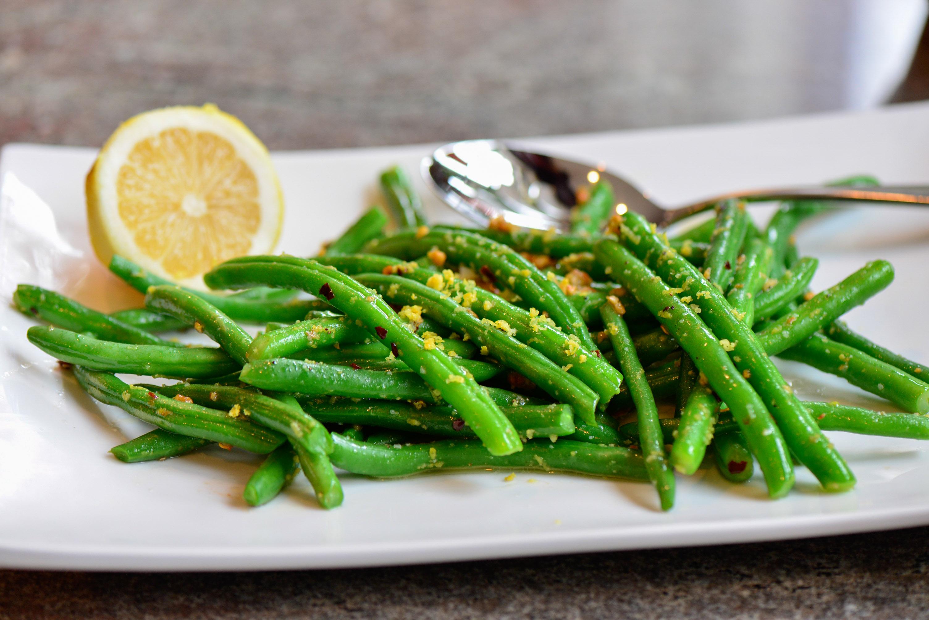 Garden Green Beans With Lemon Garlic Sauce Culinary Mamas